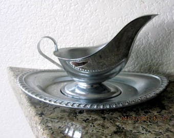 Gravy boat stainless steel vintage one piece