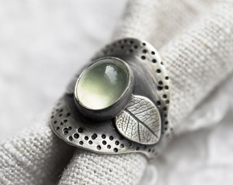 Glade Ring. size 8.25 ( green prehnite gemstone ring. antique sterling silver. wide saddle shank. tree leaf print nature jewelry )