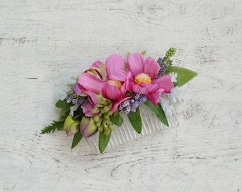 Pink flower hair comb, Bridal hair piece, Pink bridal comb, Wedding hair comb, Pink green floral hair clip, Flower hair accessories, Roses