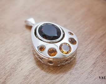 Large pendant with citrine and quartz / citrine / yellow / brown / quartz / sterling silver / silver / handmade / pendant
