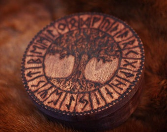 Runen Set aus Holz