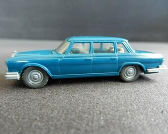 WIKING, Oldtimer, Mercedes 600 Pullman, Model Car 1:87, track HO