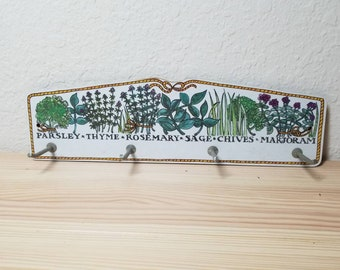 Vintage Melamine Herb Wall Hook Drying Rack copyright 1970