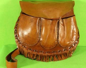 Shoulder bag/Katana in leather cut to live