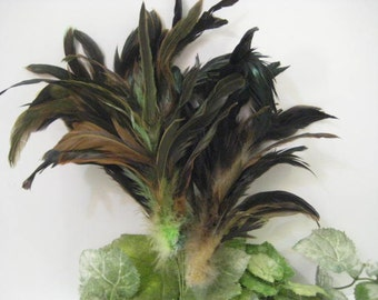 Exotic Vintage Feathers Bunch / Crafting Supplies / Hatmaking