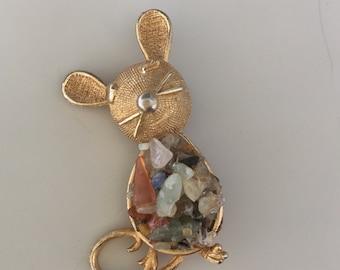 1 Vintage signed Kramer  mouse  brooch
