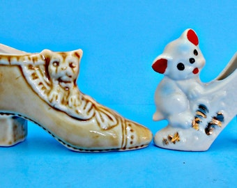 Ceramic Kittens on Shoes, 2 Cats & Shoe Figurines, Playful Kittens, Yellow Cat White Cat, Painted Gold Accents, Old Shoe New Shoe,