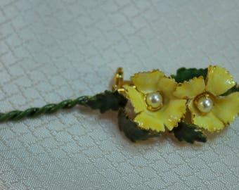 Vintage c1950's Sandor Enemeled Yellow Flowers Brooch