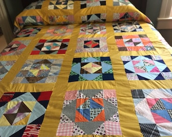 VINTAGE QUILT TOP, Feedsack Quilt Top, Partial Quilt Top, Colorful Quilt Top, Machine Sewn Quilt Top, Hand Sewn Quilt Top, Full Twin Queen