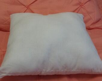Travel Pillow Form 14x14