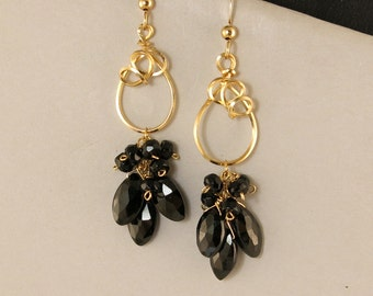 Black Gemstone Long Gold Earrings, Black Spinel Gold Filled Wire Wrapped Party Earrings, Elegant Black Gemstone Cluster Evening Earrings,