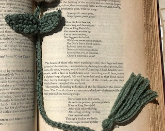 Crochet Bookmark/Rose Bookmark/Crochet Rose/Handmade Bookmark/White/Bookmark/Handmade/Unique Gift