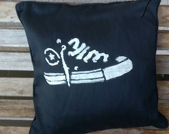 Home Trends, Cushions, Home Decor, Decorative pillow cases, For Him, Hand painted