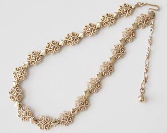Vintage Avon Gold Tone Precious Pretender Necklace Choker / CJ2907