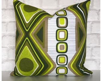 Vintage 60s 70s Green Graphic Fabric Cushion Cover / Retro Throw Pillow Cover