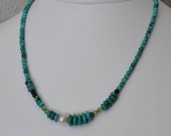 Turquoise Beaded Necklace with Pearl Accent