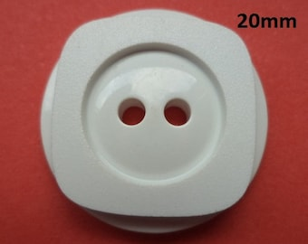 12 Buttons White 20 mm (4526) button