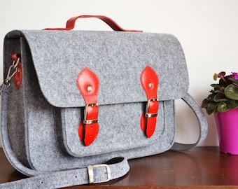 LAPTOP BAG 15-INCH - Custom Size Laptop Bag – Macbook Pro 15-inch Bag - Messenger Bag - Felt Crossbody Bag - Felt Satchel