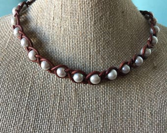 Boho choker, Gray freshwater pearl necklace, Braided leather & pearls