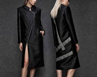Knee length coat with panels