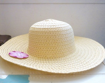 Gardening hat for crafts, tan hat, paper hat, standard size women's hat, new with tags, craft hat, crafting, wall hanging hat, gardening