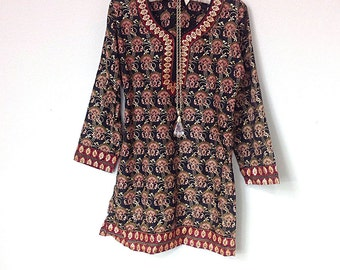Beautiful Vintage Boho Hippie Indian Ethnic Tunic Shirt, Dashiki Top, Small, Made In India, Gold, Red, Black, Boho Top
