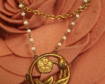 Retro Gold Flower Pendant Necklace with Gold and Beaded Chain