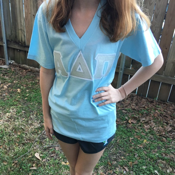 Stitched Fabric Letter Sorority American Apparel V-Neck Shirt FMt5IurUMS