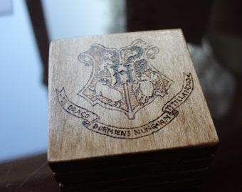Hogwarts crest coaster set