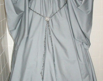 Renaissance dress chemise style costume gown- Gray w/dagged sleeves - brooch & tie belt easy wash