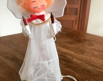 vintage 1960s white angel Christmas tree topper with working lights, made in Taiwan