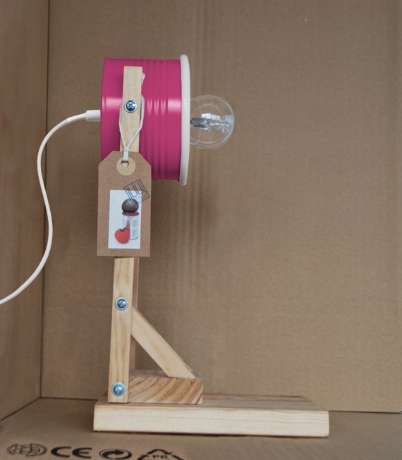Shocking pink / fuchsia desk lamp / night lamp - eco friendly: recycled from tomato can !!! UK or EURO or US plug
