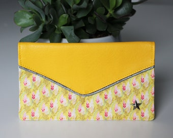 Yellow checkbook Lupin collection