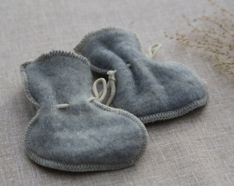 Baby shower gift boy 100% Merino Wool booties Organic Baby socks Organic baby booties Baby gift boy Eco friendly gift Newborn Shoes