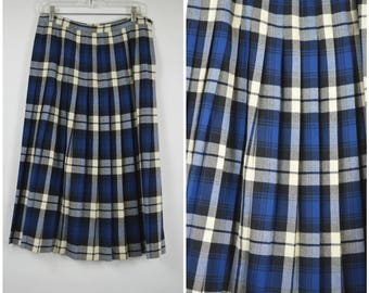 "Blue and White Wool Plaid Skirt 1960s Vintage Skirt Pleated Wool Skirt Size Large 31"" Waist 42"" Hip by Aljean Canada"