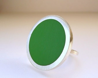 Leaf Green Resin Ring - Big Cocktail Ring - Minimalist Rings - One Inch Round Ring - Handmade UK - Pop Ring