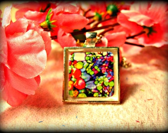 Louis Tiffany Stained Glass Art Necklace (shipping included)