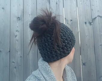 Messy Bun Beanie, Ponytail Hat, Runner's Hat, Bun Beanie, Top Knot Beanie, Messy Bun Hat, Bun Hat, Crochet hat with hole on top