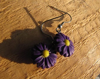 Kawaii purple Daisy dangle earrings