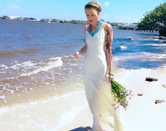 Vintage Bohemian Wedding Dress Satin Fishtail Off White Lace One Of A Kind