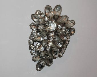 Striking Vintage Rhinestone Pin