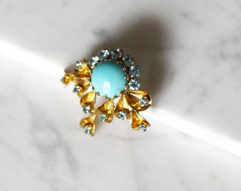 1960s gold and turquoise brooch // 1960s brooch// vintage brooch