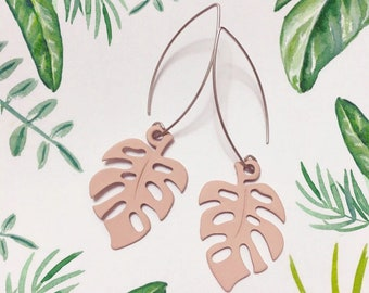 Monstera Deliciosa Leaf, Swiss cheese plant, Pastel Pink, Green Plant Silver Earrings, Tropical Leaf, Botanical, Long earrings, Natural
