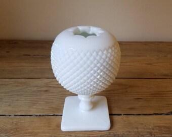 Vintage Westmoreland White Milk Glass Hobnail Ivy Ball Vase. Beautiful Sphere Shaped Flower Vase. Collectible. Cottage Chic Decor.