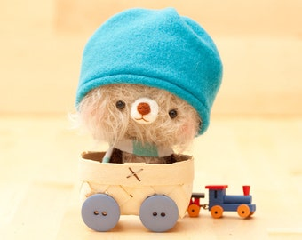 Amigurumi teddy bear plush toy, stuffed animal plushie, miniature blythe pet - made to order - Nimu with hat -