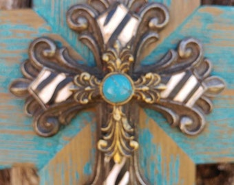 Barn wood cross with a second layer cross on top.