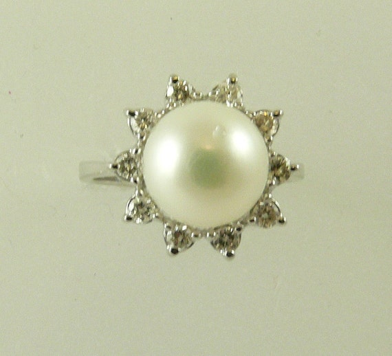 Akoya 9.4 mm Pearl Ring with 14K White Gold & Diamonds 0.40ct, Size Selectable