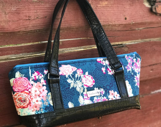 The Gondola Bag ~ Blue with Pink Flowers (1)