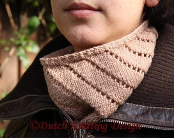 PDF knitting pattern cowl, lace neckwarmer, scarf, Spiral Cowl