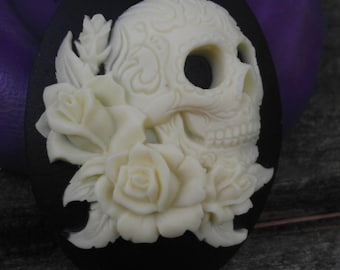 Cameo Cabochon Mold, Gothic Death and Roses Mold,   Silicone push mold for resin, polymer clay, sugar craft- food safe, non toxic